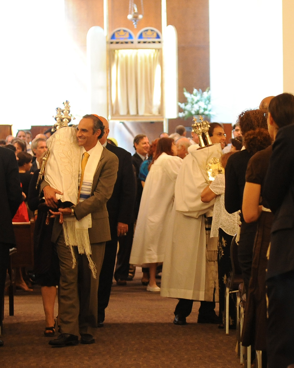Faithful observe Yom Kippur
