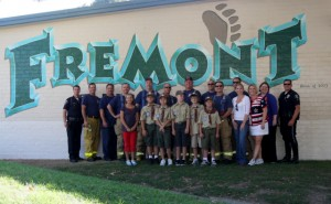 standing with heroes »Glendale firefighters and police joined elementary school students, including Boy Scouts, at Fremont Elementary School.