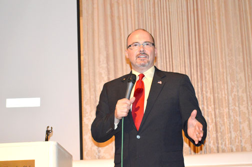 Photo by Kevork KURDOGHLIAN Assembly member Tim Donnelly spoke to the Republican Club of the Foothills at the La Cañada Thursday Club. Donnelly is a candidate for 2014.