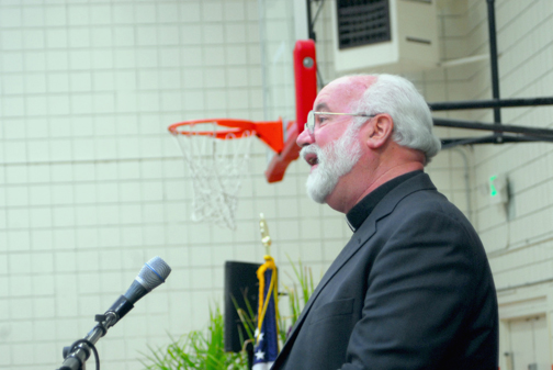 The crowd was all-ears as Fr. Boyle relayed his experiences of working with inner-city youth.
