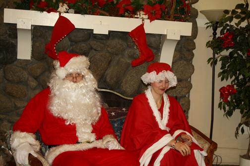 Photos by Jessy SHELTON Santa and Mrs. Claus were ready to hear what the children hoped to find under the Christmas tree.
