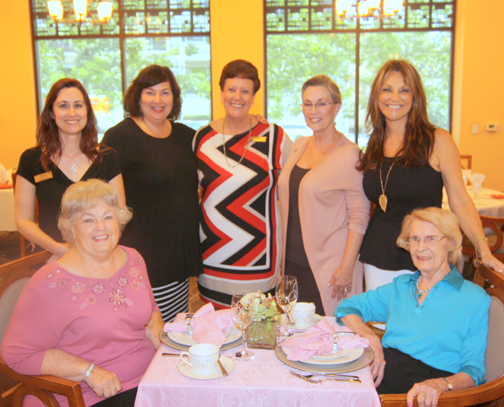 Table setting winner Sandy Hodges (left) and her mother Vivian Tolles (right), a Belmont Village Burbank resident. Back row is the Burbank team of Alethea Cono, Carlene Motto, Mary Jane Rodriguez, Susan Gales and Michelle Sucillon.