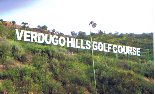 Now those who drive by or golf at the course are greeted by a totally refurbished, inviting sign.