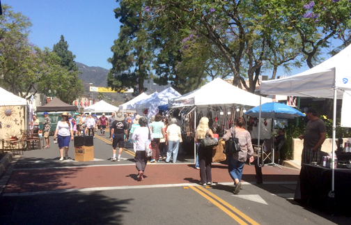Photos Marissa GOULD Thousands of shoppers could be found on Honolulu Avenue for the 32nd annual Montrose Arts & Crafts Festival held last weekend.