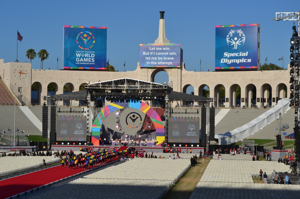 Photos by Taylor MIDDLETON Thousands flocked to the Los Angeles Memorial Coliseum to witness the Special Olympics World Games opening ceremonies on Saturday.