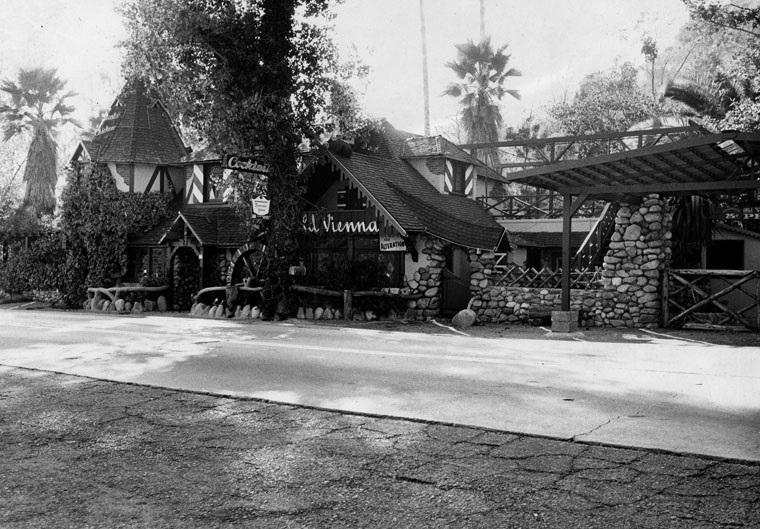 Villa Terraza Reopens At Historic Sunland Property