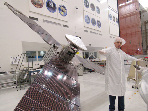 Photo by Jessy SHELTON JPL engineers and scientists explain how the Juno spacecraft cartwheeled through space on its way to its July 4th orbit.
