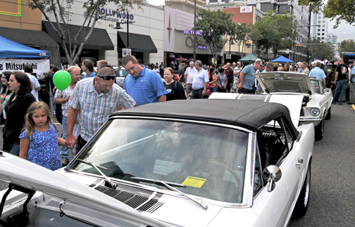 File photo Thousands of auto enthusiasts are expected to make their way down to Brand Boulevard for the 23rd Annual Glendale Cruise Night.