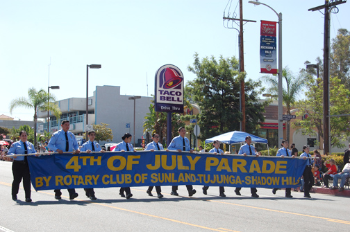 Photos by Kresse ARMOUR LAPD cadets carried the S-T parade banner.