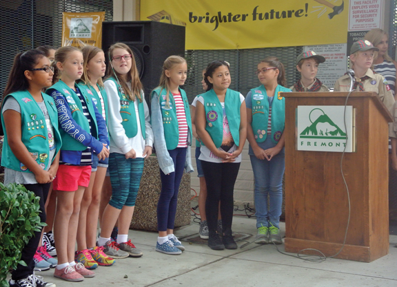 fremont-elementary-school-scouts-took-part-in-a-remembrance-event-at-the-school-on-monday-web