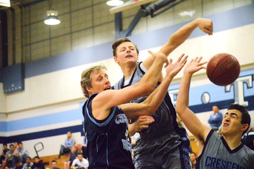 Austin Novak fighting for a rebound