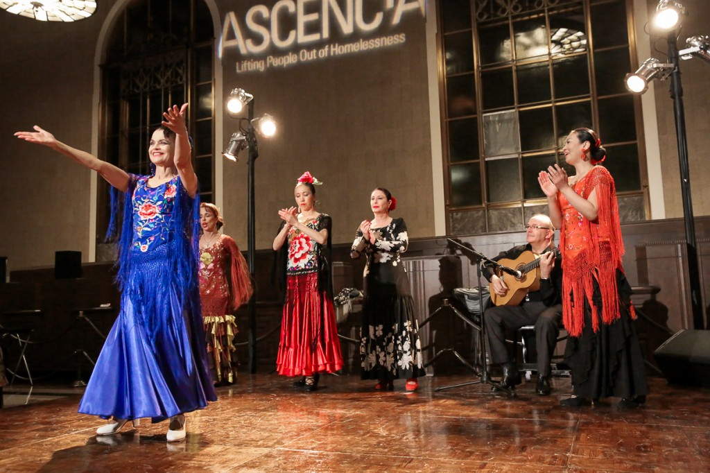 Jani Quintero (wife of former Glendale Mayor Frank Quintero) and Herencia Flamenca.