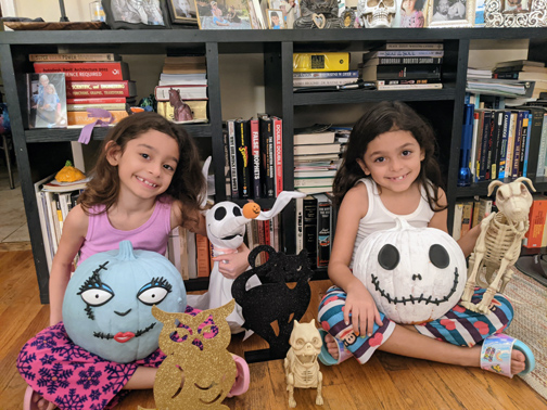 Mountain Avenue Knows How to Party – in Virtual Halloween Style