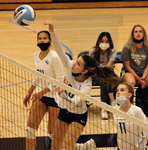 CVHS Varsity Girls' Volleyball Earns First Win of the Season