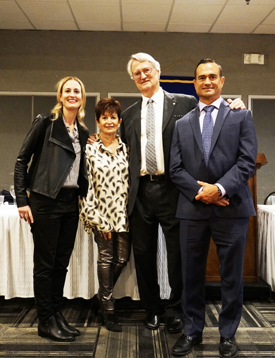Kiwanis Club of Glendale Inducts New President, Board